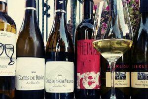 Ein guter Wein zur rechten Zeit, bringt Freude und Zufriedenheit…